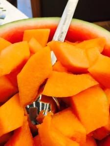 Meloni 2 primo piano frutta tagliata