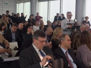 conferenza stampa pubblico