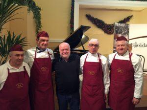 Fabio Zanchi e gli chef della Bigolada di Castel d'Ario